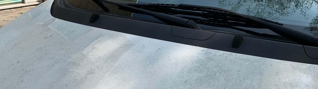 Hars reinigen auto op locatie Den Haag