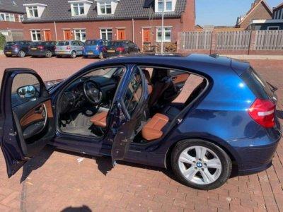 Auto binnenkant schoonmaken